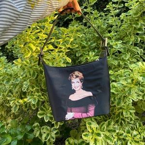 👑 VINTAGE PRINCESS DIANA PURSE 👑